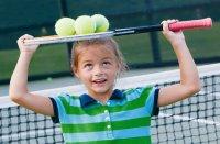 Tenis feminin: Diferenţe în antrenamentul fetelor şi băieţilor