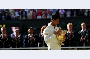 Novak Djokovic câștigă o finală incredibilă la Wimbledon cu Roger Federer, revine pe primul loc în lume