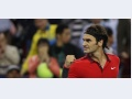 Vintage Federer face un meci fantastic, îl oprește pe Djokovic în China. Iar locul 1 se joacă
