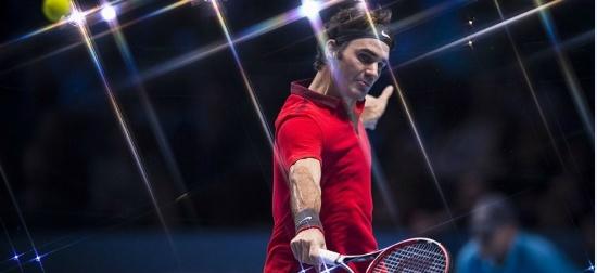 Talentatul domn Federer. Roger Federer îl surclasează pe Andy Murray, câștigă Grupa B