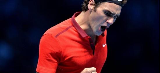 Roger Federer salvează patru mingi de meci într-un thriller elvețian, revine în finala Turneului Campionilor!