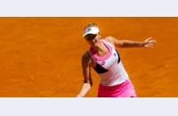 Pașii mici, dar tot mai convingători: Irina Begu își confirmă statutul de cap de serie, se revede cu Kvitova în turul al treilea
