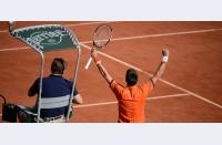 Cea mai fierbinte zi: cine își păstrează cel mai bine emoțiile sub control? Semifinale: Djokovic - Murray, Wawrinka - Tsonga