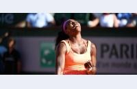 Douăzeci! Serena Williams o învinge pe Safarova în finala Roland Garros, câștigă Parisul pentru a treia oară