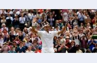 Finala perfectă! Federer revine într-o finală de Slam, îl ține sub control pe Murray. Djokovic, prea bun pentru Gasquet