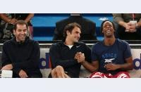 Cât mai rezistă tenisul presiunii schimbării, sau când vei putea să-ți cumperi bere și hot-dog chiar din tribună