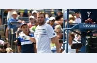 Ziua a treia la Open. Emoții de toate felurile: de final, pentru Mardy, greu de controlat, pentru Belinda, emoții de Calendar Slam, pentru Serena