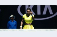 Serena o învinge încă o dată pe Sharapova, se întâlnește în semifinale cu Aga Radwanska