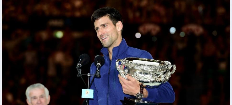 Novak Djokovic câștigă Australian Open pentru a șasea oară, iar lupta lui e acum cu recordurile