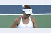 Simona pierde din nou clar cu Zhang, se oprește în optimi la Beijing. Urmează finalul sezonului în Singapore
