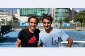 Ți-am dus dorul, Roger! Federer își anunță revenirea în circuit cu un antrenament transmis live din Dubai cu Lucas Pouille