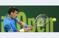 Se clatină, dar se ridică iar în picioare: Novak Djokovic începe sezonul cu un trofeu, seria de victorii a lui Murray se oprește
